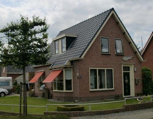 Huidige woning Kerklaan zijde.