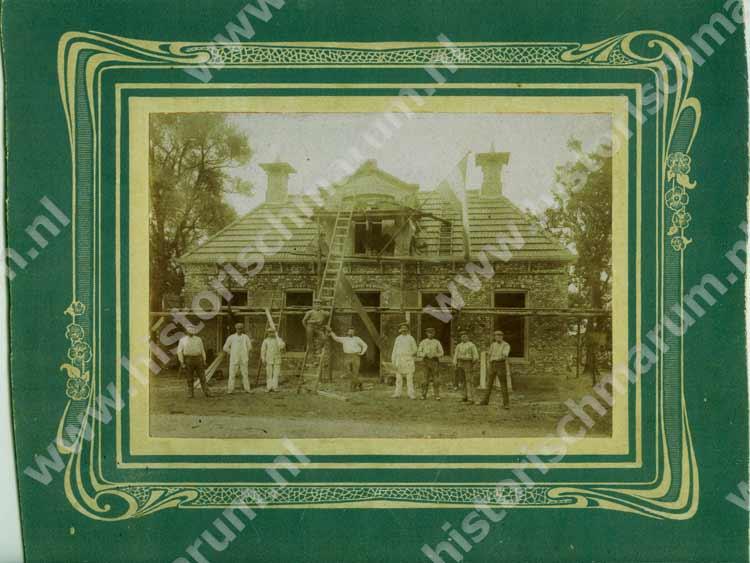 De grote verbouwing tot café Klaassens van 1912 in een prachtig kader.